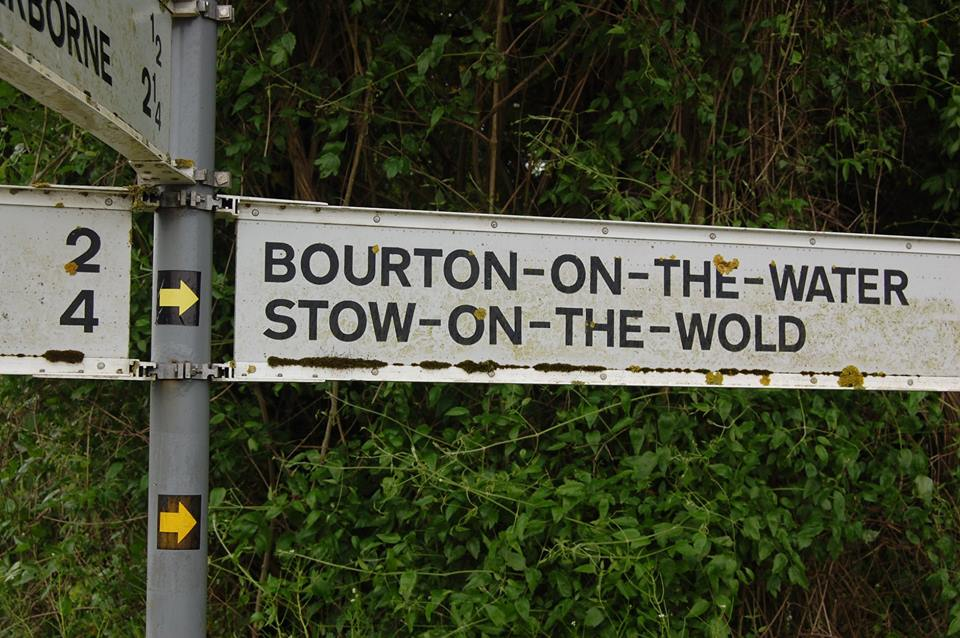 Signpost to Bourton and Stow